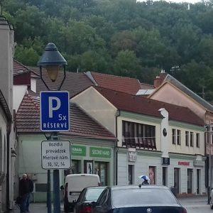 Parkovanie počas rekonštrukcie Mierového námestia