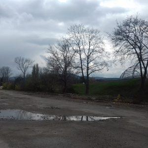 Parkovisko na Mládežníckej ulici pri Kolibe dostane nový povrch