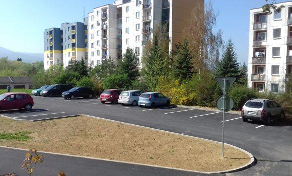 Južania môžu už parkovať na nových parkoviskách