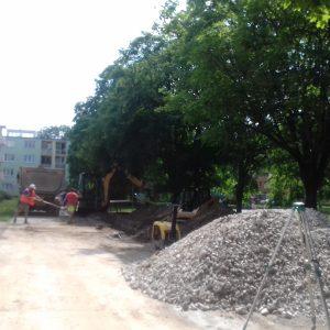 Vnútroblok na Považskej má už nový asfaltový povrch