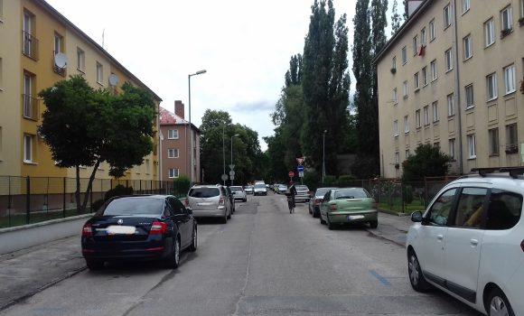 Parkovisko na ulici gen. Goliana obsadí žeriav