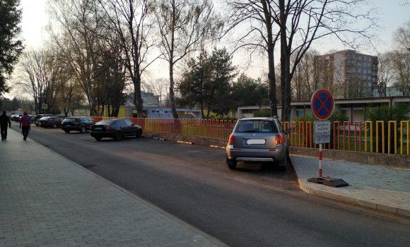 Na Gagarinovej ulici vyznačia 27 parkovacích miest