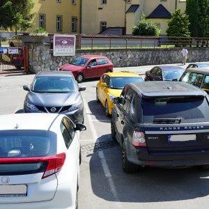 Poslanci schválili zmeny v parkovaní. Ktoré platia od 1. júla?