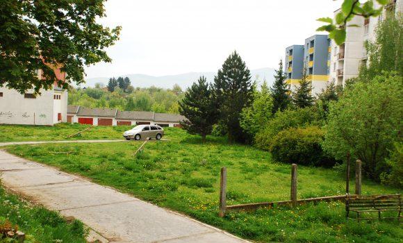 Vokolí Lavičkovej ulice začína výstavba nových parkovísk