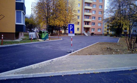 Na Inoveckej ulici č. 1 a 3 pribudlo 41 parkovacích miest