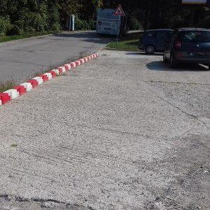 Parkovanie pri otoči autobusov na Saratovskej ulici